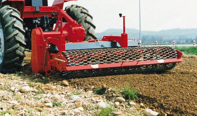 zaklkadač za traktor